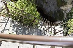 Trummelbachfalle - Vista de cima das escadas para as ultimas cachoeiras (CartasemPortador) Tags: bern lauterbrunnen cachoeira quedas interlaken dgua trmmelbach trmmelbachflle