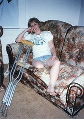 139819784179 (cb_777a) Tags: usa stump disabled crutches handicapped amputee onelegged