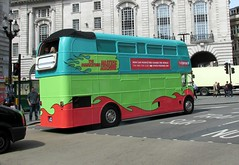 Piccadilly Circus, London, 21/04/16 (aecregent) Tags: london rear piccadillycircus routemaster rm aec thedrum jjd375d rm2375 210416 londonbuses2016 themarketingmasterymachine