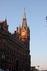 Catching The Light ! (AndrewHA's) Tags: london tower clock station hotel stpancras