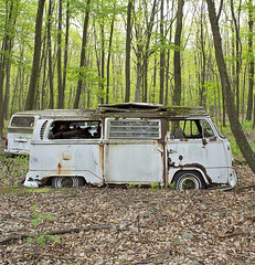 VW Graveyard (Jonnie Lynn Lace) Tags: abandoned vw volkswagen rust ruins decay derelict decayed decaying vwbus abandonedcar modernruins cargraveyard naturetakesover chasinglight vwgraveyard abandonedamerica abandonedpa
