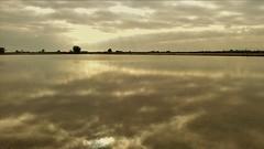 Golden sunrise. (PhotoMont) Tags: landscapes flickr gnc sunsetssunrises flickrnature flickrenespaol fvac colourartaward elmanicomio landscapesonly elmundopormontera sunsetssunrisesarroundtheworld