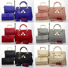 Import @290 Bag Valentino G 1229 3in1 33x13x24cm Kulit Buttons #Semipremium#Black#Blue#Red#Babypink#Grey#Gold (merboutique) Tags: blue red black gold grey babypink semipremium
