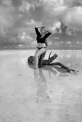 Elisa (Hugo jr) Tags: ocean portrait sky beach beautiful mxico clouds mar retrato playa bikini cielo nubes caribbean cancn beautifulgirl caribe skyporn islablanca