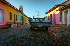 (Redblueen) Tags: street blue colors car yellow day cuba trinidad stony pontiac