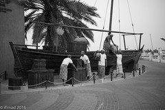 Pride of the past led to the success of the future... (EHA73) Tags: leica blackandwhite bw history monochrome museum workers dubai ship outdoor uae culture sailors monuments dhow traidtion leicamm aposummicronm1250asph typ246 alfardah