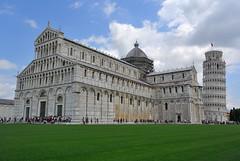 Pisa - piazza dei miracoli (Luigi Basilico) Tags: architecture amazing italia torre places pisa tuscany piazza duomo toscana cultura dei miracoli pendente