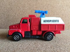 Guisval Number 45 - Bomberos Aeropuerto - ARFF - Airport Fire Engine / Appliance / Apparatus - Miniature Die Cast Metal Scale Model Emergency Services Vehicle (firehouse.ie) Tags: truck fire airport spain espana bomberos tender appliance apparatus brigade diecast bombero bombeiros arff guisval