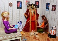 A-Z Challenge: F - Fandom (saratiz) Tags: poster starwars costume cosplay fandom queenamidala barbiemadetomove