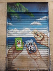 Graff in Barcelona (brigraff) Tags: barcelona streetart painting drawing bcn spray smartphone shutter aerosol murales barcelone sprayart coque metalshutter rideaudefer picou urbanshutter brigraff picoumurales