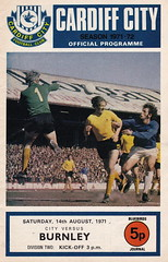 Cardiff City vs Burnley - 1971 - Cover Page (The Sky Strikers) Tags: park city two football official journal cardiff division league bluebirds programme burnley 5p ninian