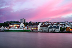 Pink painted sky. (Matthias Dengler || www.snapshopped.com) Tags: city travel pink sunset sky norway port sunrise skyscape landscape photography stavanger norge long exposure moments cityscape time matthias colourful elia rogaland waterscape dengler locardi snapshopped