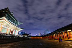 Seoul: Gyeongbokgung Palace (stuckinseoul) Tags: city beautiful night asian photo asia capital palace korea korean photograph seoul kr southkorea gyeongbokgung    seoulkorea republicofkorea canoneos6d flickrseoul sigma1224mmf4556dghsmii