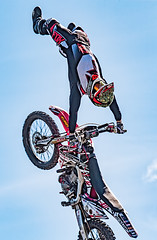 A55T0023 (Nick Kozub) Tags: canada sport monster canon eos compound insane energy montreal flight du demonstration prix hero l motor inverted airborne motocross ef stunt acrobatic 2016 f3556 35350 grnad 1dx