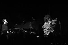 Gwilym Simcock: piano / Pat Metheny: guitar (jazzfoto.at) Tags: wwwjazzfotoat wwwjazzitat jazzitsalzburg jazzitmusikclubsalzburg jazzitmusikclub jazzfoto jazzfotos jazzphoto jazzphotos markuslackinger jazzinsalzburg jazzclubsalzburg jazzkellersalzburg jazzclub jazzkeller jazzit2016 jazz jazzsalzburg jazzlive livejazz konzertfoto konzertfotos concertphoto concertphotos liveinconcert stagephoto salzburg salisburgo salzbourg salzburgo austria autriche blitzlos ohneblitz noflash withoutflash sonyalpha sonyalpha77ii alpha77ii sw dscrx100iii blackandwhite blackwhite noirblanc bianconero biancoenero blancoynegro