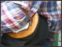 Uilleann bagpipes, the elbow bellows (Maewynia) Tags: music irish cap instrument plaid bagpiper clifden uilleannpipes desshannon httppipersieresourcesinstrument