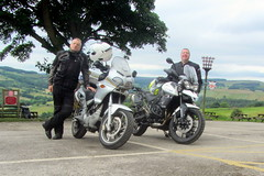 Navi & a Tiger.. (Mike-Lee) Tags: mike dave ride sheffield tiger navi coffeebreak oldhorns triumphtiger800 cagivanavigator1000 june2016 cornersbends