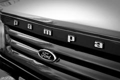 (P. S. Olie) Tags: preto e branco monocromtico carros manaus