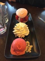 (caribernstein) Tags: netherlands rotterdam hotelnewyork foodporn dessert