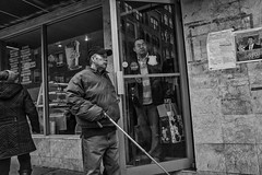 10th Street near Arch Street, 2016 (Alan Barr) Tags: street people blackandwhite bw philadelphia monochrome mono blackwhite chinatown candid group streetphotography sp streetphoto gr ricoh 2016