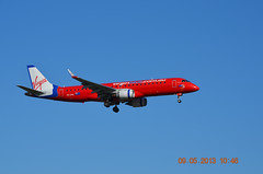 Virgin Blue EMB190 VH-ZPG Melbourne Tullamarine 09 May 2013 (denmac25) Tags: blue melbourne virgin tullamarine emb190