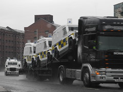 Police Service of Northern Ireland PSNI (sab89) Tags: blue ireland irish ice car ferry liverpool lights riot control 110 cream police rover belfast meat birkenhead land vehicle service van puma defender ruc armoured tsg newry tangi pangolins wagan