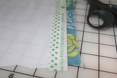 Selvage tutorial pic 7 (B's Modern Quilting) Tags: quilt machine fabric zipper tutorial wristlet selvage
