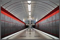 Munich Metro (mhobl) Tags: red station underground münchen grey metro ubahn kreillerstrase paulkramer venezianischrot hingebröselt