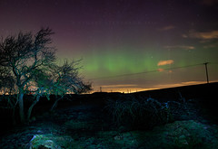 Aurora over Lanark (Stuart Stevenson) Tags: uk red green stars photography scotland astrophotography aurora nightsky northernlights auroraborealis lanark clydevalley southlanarkshire canon5dmkii stuartstevenson stuartstevenson wwwzerogravitymeuk
