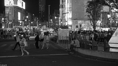 shinjuku_monochrome-9 (elmar35) Tags: city bw art monochrome japan night 35mm tokyo blackwhite shinjuku fujifilm elmar f35 xe1