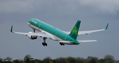 Aer Lingus 757-200 to Toronto EI-LBR (birrlad) Tags: dublin toronto canada rain weather clouds airplane airport aircraft aviation air airplanes climbing airline boeing airways airlines airborne departure takeoff shamrock dub aerlingus 757 airliner departing winglets contractors 757200 7572q8 eilbr