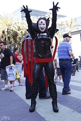 Mister Sinister Crossplay (V Threepio) Tags: costume photoshoot cosplay modeling saturday posing dressup xmen anaheim comiccon crossplay mistersinister wondercon2014