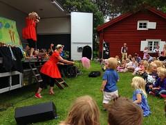 Midsommar festival (Ryner12) Tags: festival midsummer sweden midsommar kajsa örebro gällerstaforngård systrarnak attersta