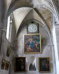 Bordeaux, Gironde: église Sainte Croix (Marie-Hélène Cingal) Tags: france clock church 33 bordeaux iglesia kirche chiesa horloge église kerk crkva kirke kirsche sudouest gironde églisesaintecroix