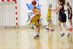 Grindavk vs Keflavk (David Eldur) Tags: girls game basketball ball women dominos league grindavk leikur keflavk karfa kvenna karfanis deild krfuknattleikur krfubolti karfan rstin