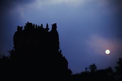 Sunset - Dharasuram, Kumabakonam (Well-Bred Kannan (WBK Photography)) Tags: sunset sky india heritage silhouette temple nikon dusk indian kannan wellbred nikond3200 kumbakonam 55200mm darasuram wbk weekendwalk dharasuram laquintaessenza laquintaessenza wbkphotography kannanmuthuraman