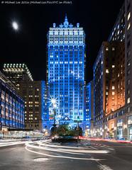 Park Avenue (DSC06724) (Michael.Lee.Pics.NYC) Tags: longexposure moon newyork architecture night cityscape sony lighttrails parkavenue traffictrails helmsleybuilding voigtlanderheliar15mmf45 a7rm2