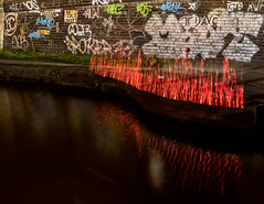 6N2A5527 (karl101) Tags: light reflection water night canal led