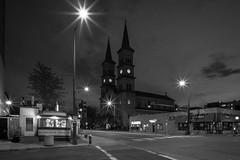 _DSC0516 Saint Paul, Minnesota USA (POV Heartland) Tags: street city urban minnesota night zeiss sony e intersection twincities fe saintpaul carlzeiss a7ii mickeysdiner assumptionchurch loxia sonyalpha a7m2 loxia2821 loxiaf2821 loxiaf2821mm