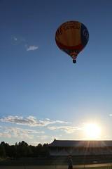 IMG_1502 (thehachland) Tags: sunset fire flames balloon hotairballoons ballstonspa saratogacounty saratogacountyfairgrounds saratogaballoonandcraft