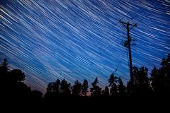 D02765-02859 - Star trails 2 Star trails and meteorites! (davidnaylor83) Tags: sky motion night star se movement post action sweden himmel cable fart natt startrails lighttrail rrelse stolpe stjrna ledning flickrpublic ljusspr stjrnspr