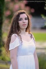 DSC_1367+ (SuzuKaze-photographie) Tags: portrait woman lyon bokeh femme parc swirly helios442 suzukazephotographie