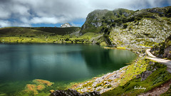 Lago Enol (Luisluey) Tags: espaa de lago europa asturias lagos enol montaa picos covadonga
