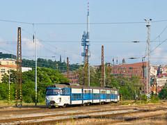 Najbrt abotlam projd Bubny (cz.fabijan) Tags: train prague railway praha 451 vlak d eskdrhy eleznice bubny 451096
