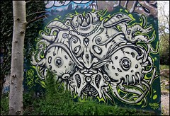 Nosb (Chrixcel) Tags: fish streetart monster breasts seins nichons poitrine tag psychedelic piercings poisson langue monstre wildstyle friche nosb