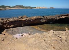 Menorca. Bini-mela. El paraiso terrenal.Jun. 166 (joseluisgildela) Tags: soledad menorca playas mediterrneo binimella