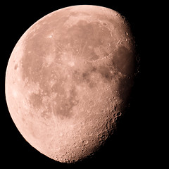 DSC03892_strawberrymoon_few_days_later (FritzchensFritz) Tags: avistack2 mc rubinar 101000 100010 mapko makro russentonne tele moon mond strawberry erdbeermond 2016