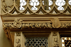 Cappenberg, Westfalen, Stiftskirche, reliquary cupboard, detail (groenling) Tags: stone germany de deutschland coatofarms stonecarving carving nrw stein tabernacle westfalen wappen stiftskirche nordrhein cappenberg reliquarycupboard sakramentsundrequienschrank