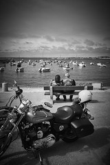 (thierrylothon) Tags: france monochrome flickr fuji bretagne paysage fr morbihan publication repos noirblanc personnage quiberon c1pro captureonepro phaseone activit wclx100 fujix100t fluxapple