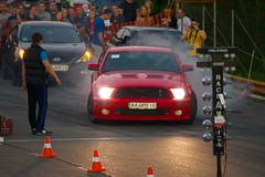 Ford Mustang in Drag Racing (Oleksii Leonov) Tags: red car ukraine fordmustang kyiv киев dragracing a700 украина чайка chaiky sonyalphadslr чайки драгрейсинг α700 dslra700 фордмустанг автодромчайка